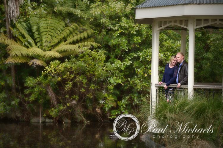 Engagement portraits at Wellington botanical gardens.